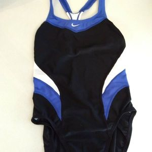 Nike victory color-block racerback Swim Suit